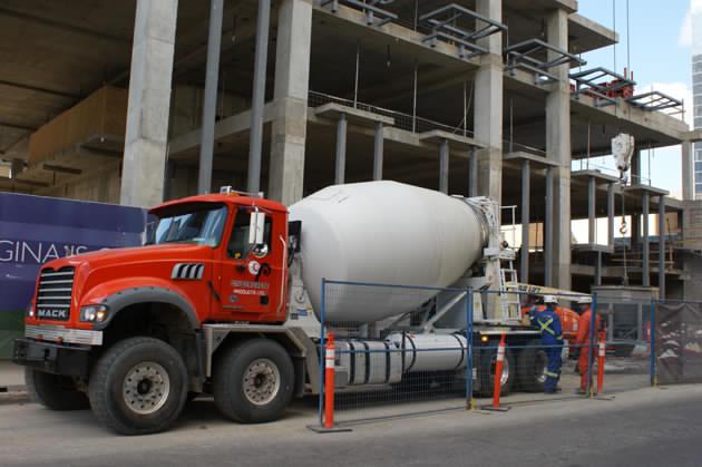 Cindercrete trans-mix concrete truck
